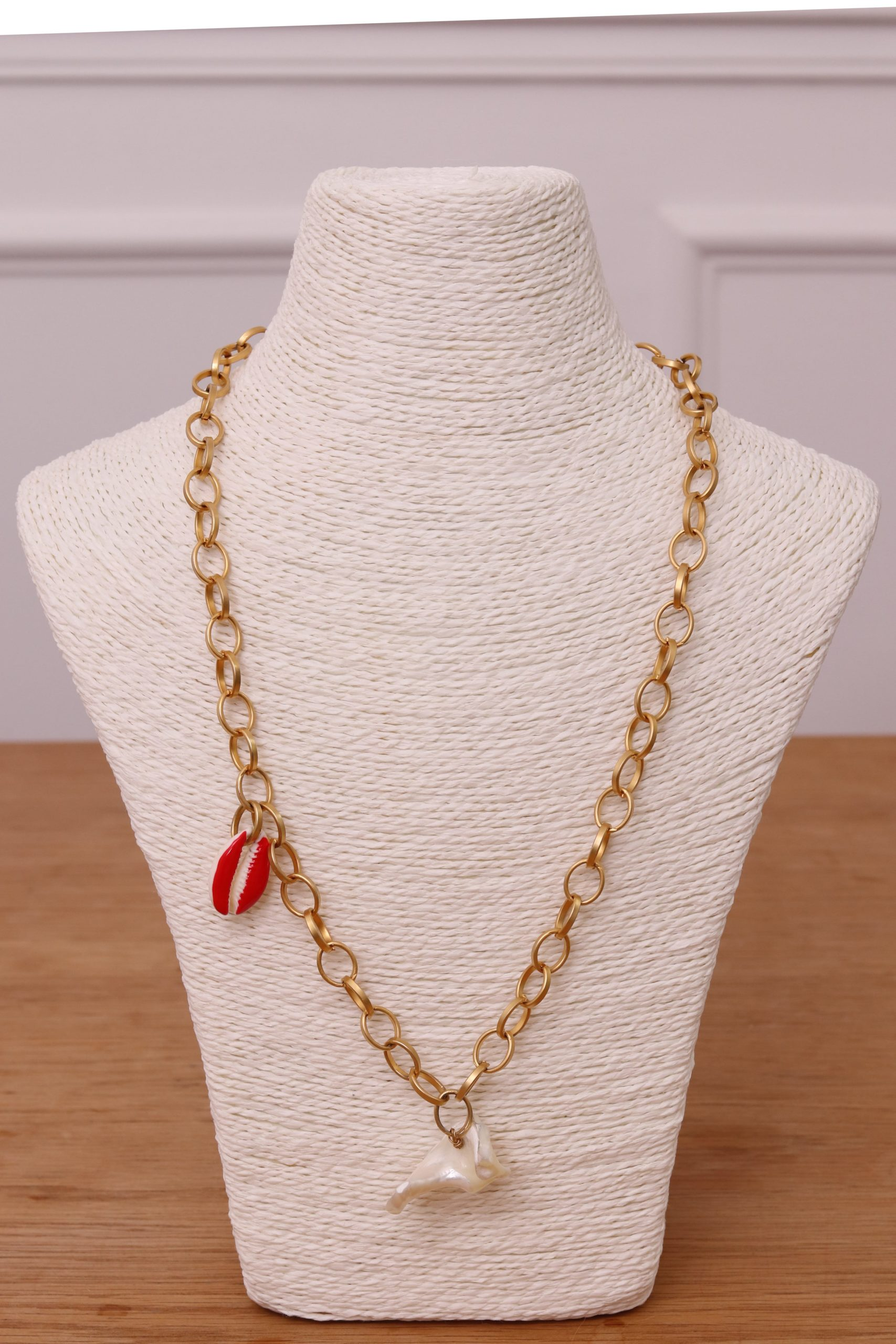 collier femme coquillage or